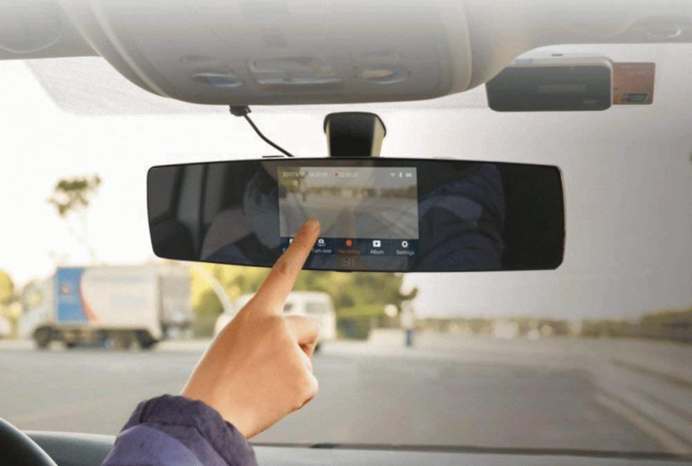 แนะนำ 8 อุปกรณ์เสริมในรถยนต์ สะดวกและมีประโยชน์ จนน่าจะซื้อไว้ตั้งนานแล้ว